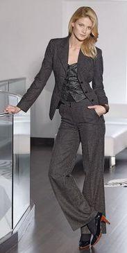 Стиль деловой женщины Костюм Юбки Брюки Блузки Водолазки Макияж Обувь...