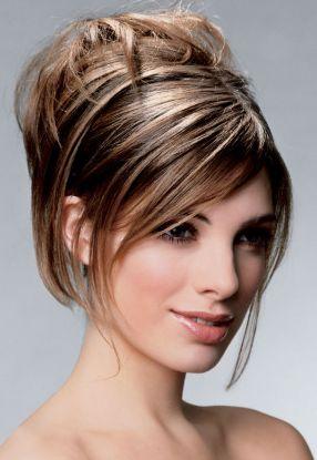 причёски для средних волос в домашних.
